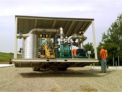 Lamson centrifugal blower mounted on a skid for soil remediation